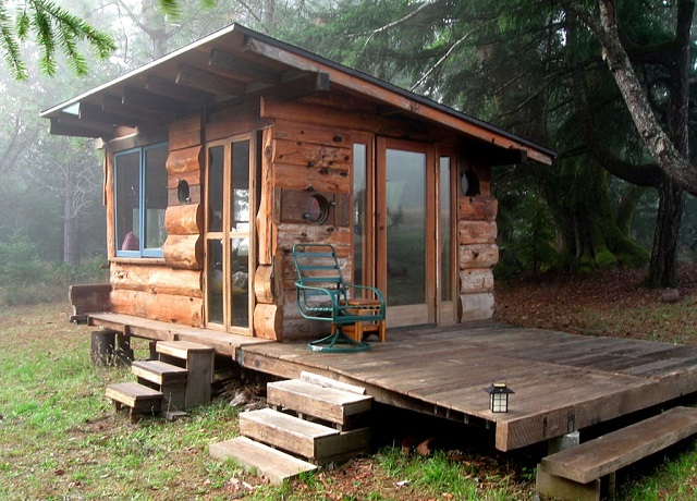 Northern California's Off Grid Tiny House In The Woods