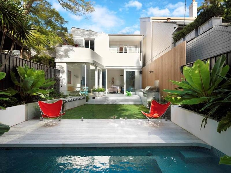 oasis-contemporary-home-2