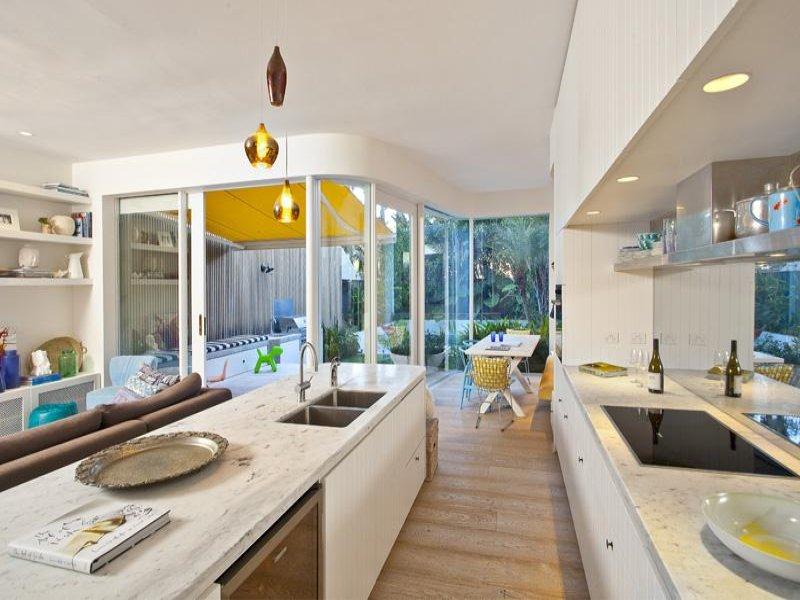 oasis-contemporary-home-5