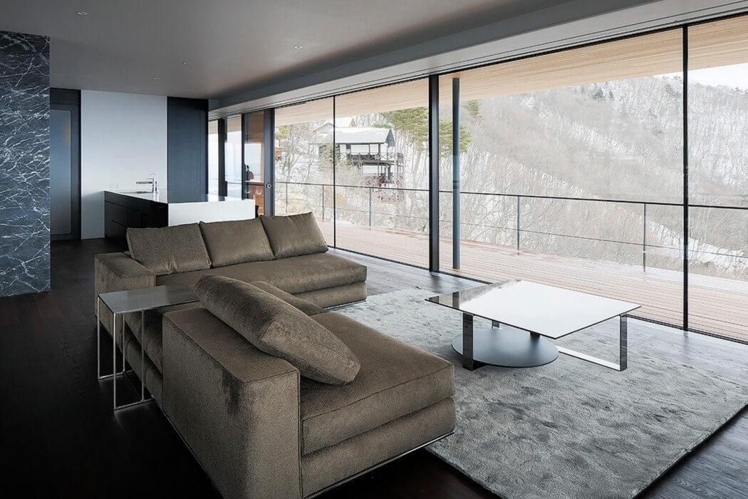 024-house-yatsugatake-kidosaki-architects-studio-1050x700