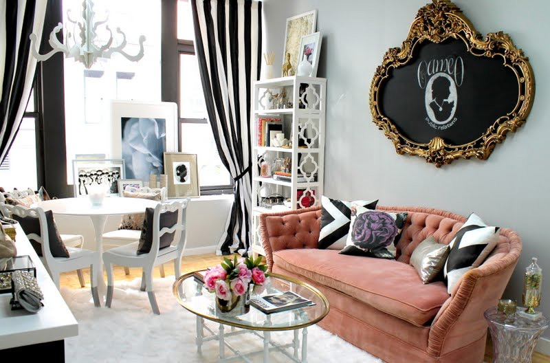 feminine-room-pink-sofa-gray-black-white-romantic-chic