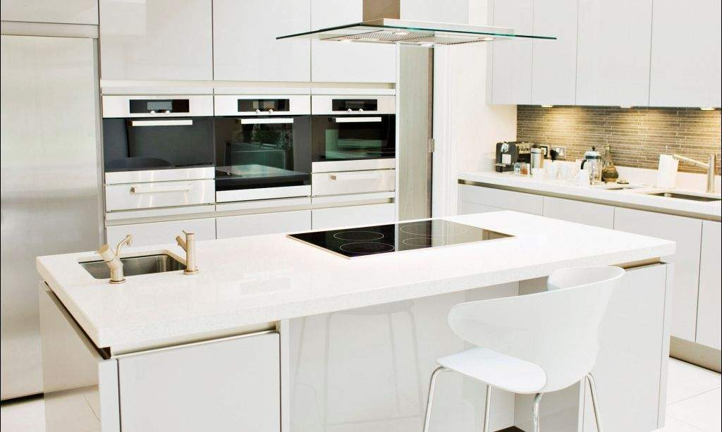 white-fancy-kitchen-cabinet-home-decors