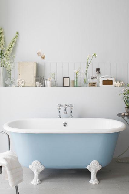 French-Empire-bath-from-Catchpole-Rye_EL_4may12_pr_b