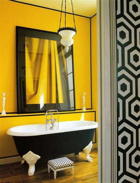 bathroom-decorating-ideas-yellow-color-paint-tiles-19