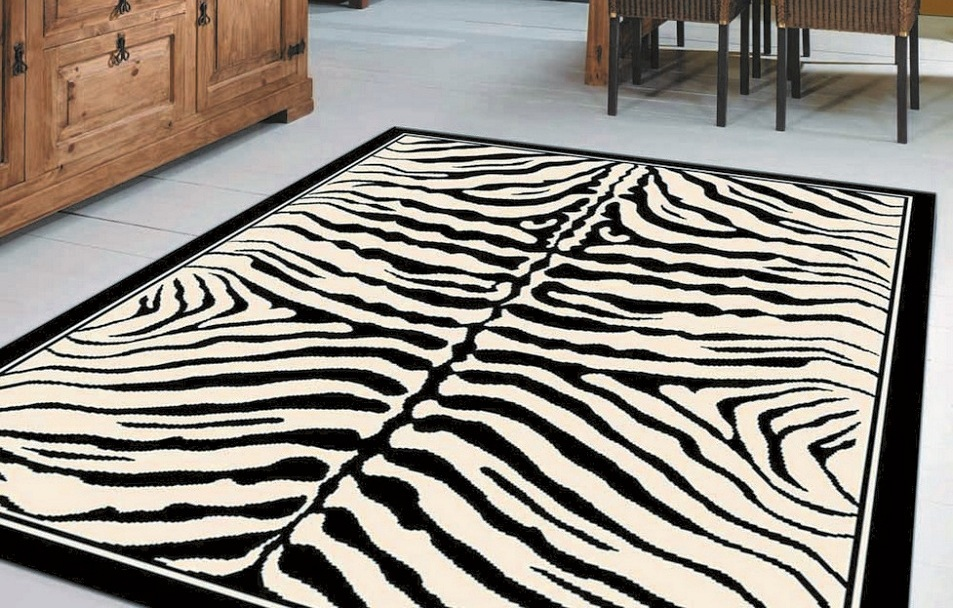 black-and-white-animal-print-rug-l-98f02edf7dd55eb7