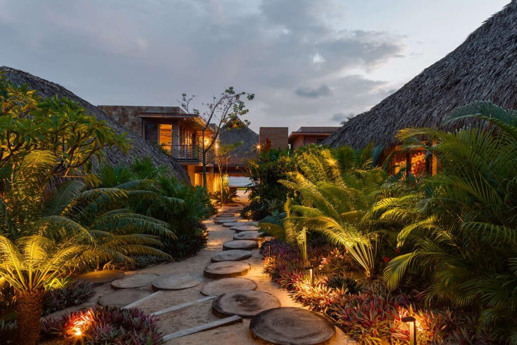 001-house-mexico-bernardi-peschard-arquitectura-1050x700