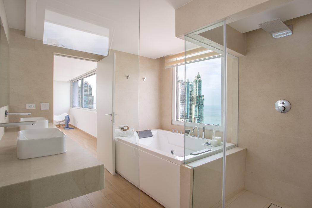 014-apartment-panama-dos-arquitectos-1050x701